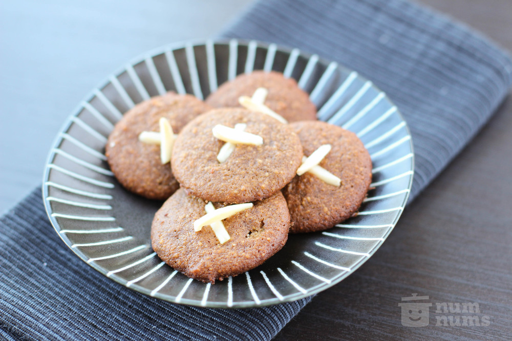 Almond Flour Ginger Cookies